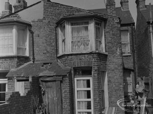 Old Barking, showing close-up of run-down property on north-east side of Fanshawe Avenue, 1973
