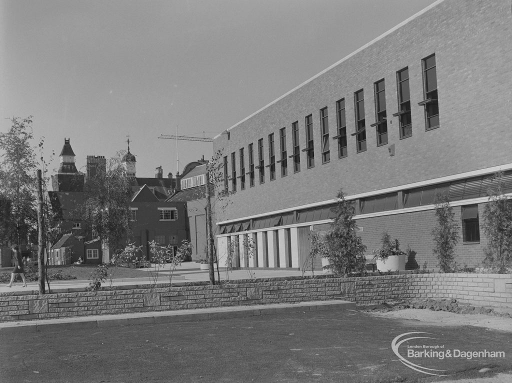 New Barking Central Library, Axe Street, Barking, left side with Barking Swimming Pool behind, 1974