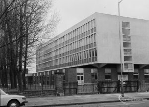 New building at Barking Polytechnic, Longbridge Road, Barking, 1976