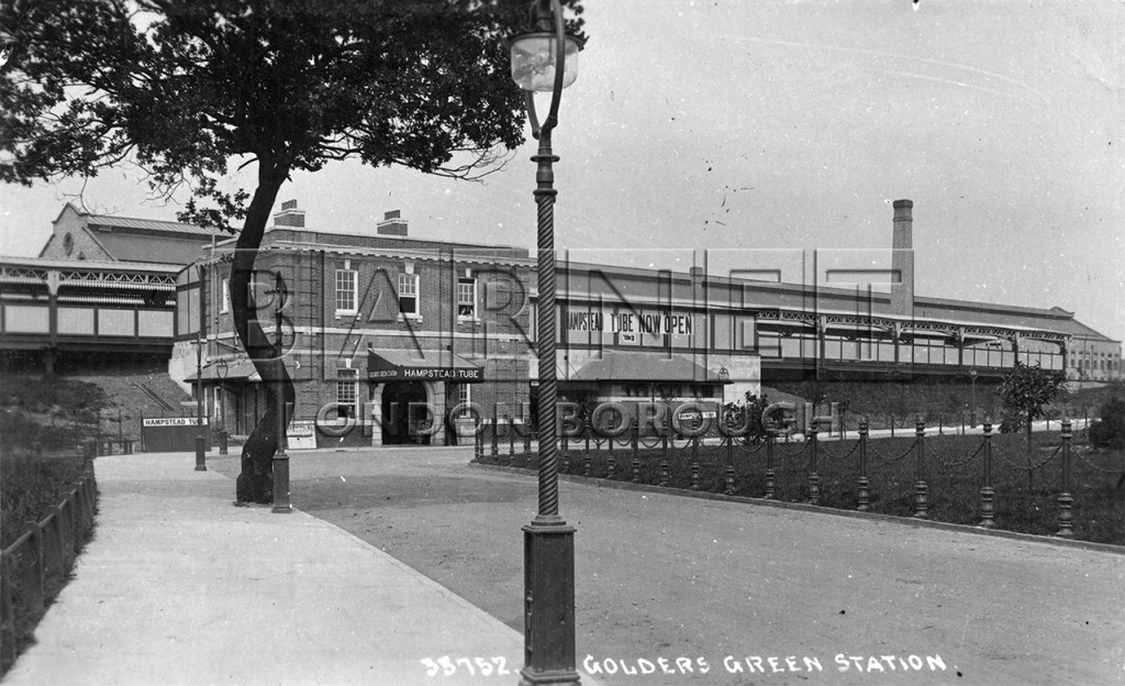 1900 Golders Green Station