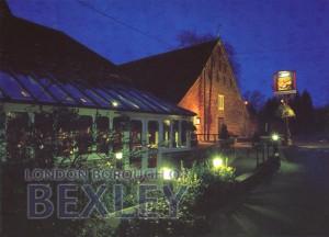 PCD_1956 The Jacobean Barn, Hall Place, Bexley c.1990