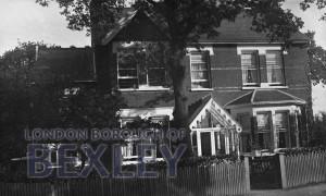 PCD_897 Priestlands Park Road, Sidcup c.1910