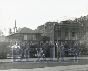 PHBOS_2_158 Broadway, Bexleyheath next to Oaklands Road 1942
