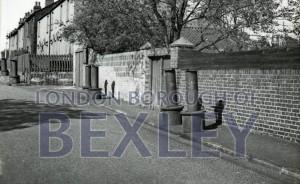 "PHBOS_2_367 ""The Smokers"" in Pinnacle Hill, Barnehurst1944"