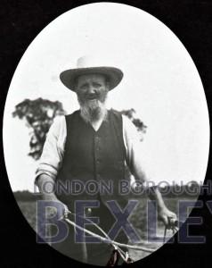 PHBOS_2_573 The old ploughman, Pincott Fields, Warren Farm, Bexleyheath1897