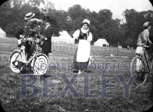 PHBOS_2_793 Bexleyheath Gala parade in Danson Park, Welling1898