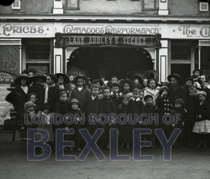PHBOS_2_840 Opening of Broadway cinema, Broadway, Bexleyheath  1916