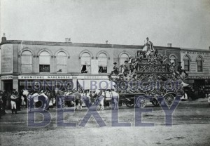 PHBOS_2_866 Sangers Circus in Market Place, Bexleyheath1882