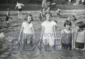 PHBOS_2_919 Martens Grove Recreation Ground's Pool 1933