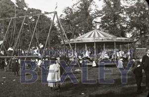 PHBOS_2_923 Sunday school treat. Danson Park 1894