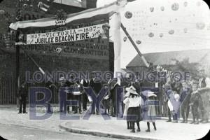 PHBOS_2_925 Jubilee beacon Oaklands Road Bexleyheath 1897