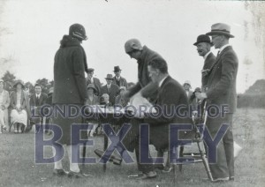 PHBOS_2_943 Councillors at tree planting ceremony in Danson Park 1935