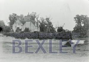 PHBOS_2_990 Howbury Grange moat 1901