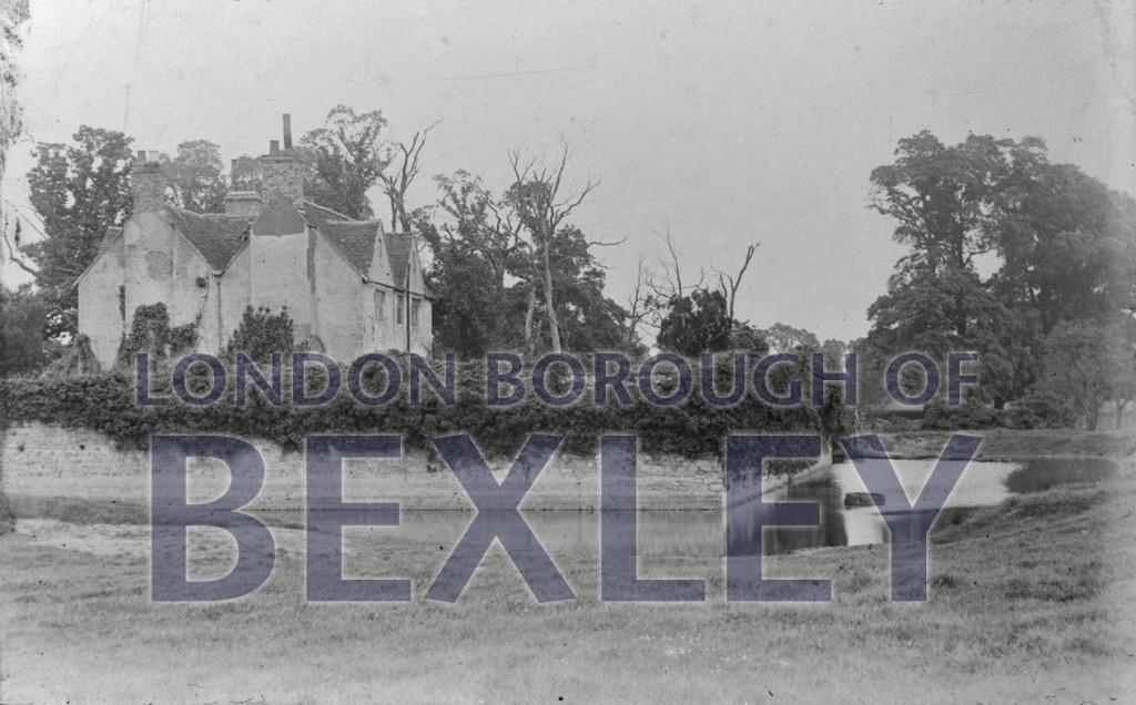 Howbury Grange moat 1910