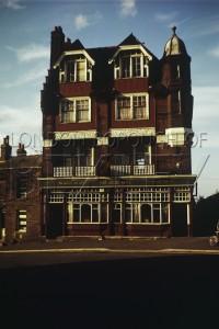 PHRUS_011  The Cross Keys Public House on Erith High Street