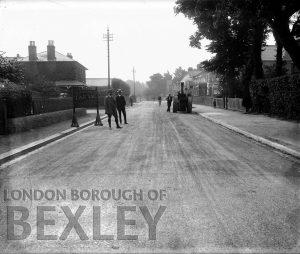 DEW035 Main Road, Sidcup (Corner of Northcote Road) c.1900