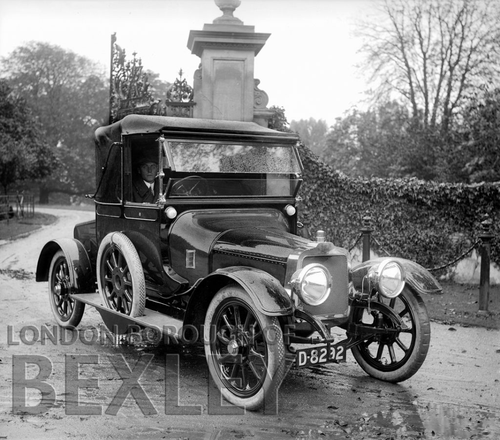 Car Leaviing Foots Cray Place c.1900