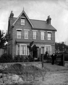 DEW048 A House in Sidcup (location unknown) c.1900