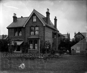 DEW049 A House in Sidcup (location unknown) c.1900