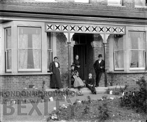 DEW103 Family Portrait at a House, Sidcup c.1900