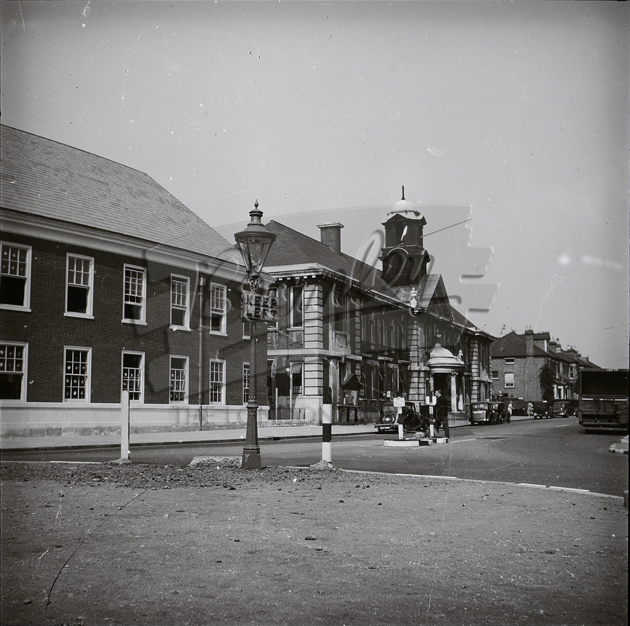 Phls 1129 the old town hall bromley bromley 1930s for The bromley