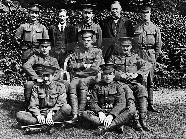 PHLS_0136 Group photo  of soldiers, West Wickham c.1914-18