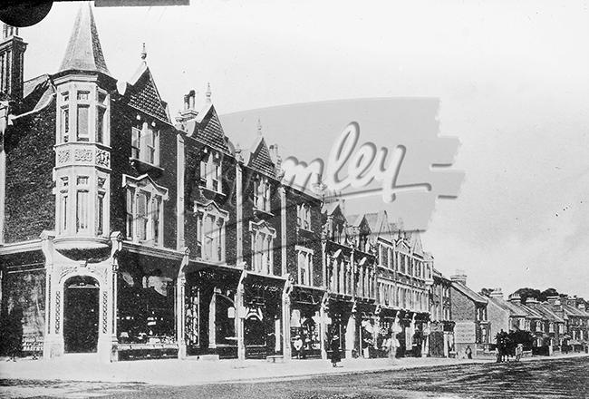 PHLS_0635 Beckenham Road by Kent House, Beckenham 1900s