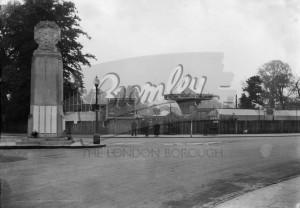 Beckenham War Memorial, Beckenham 1930s