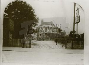 The White Hart, Orpington, 1904