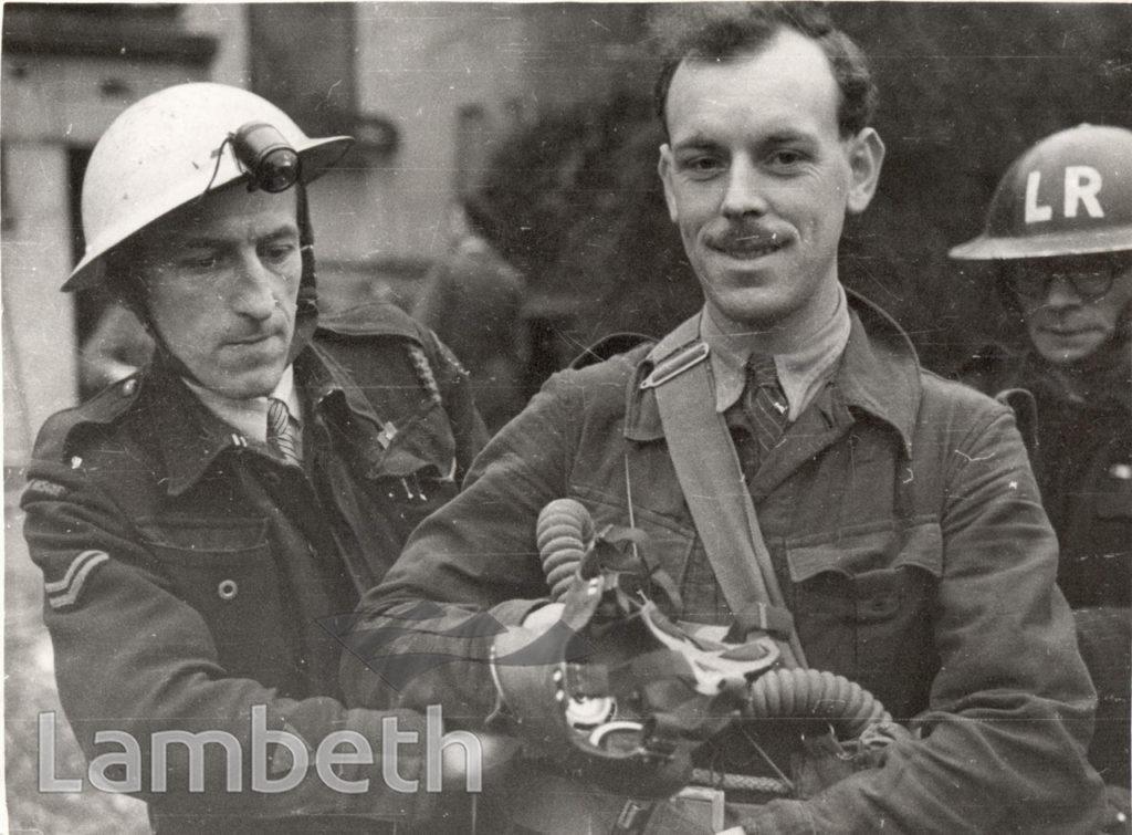 SIR ERNEST GOWERS VISIT, LAMBETH : WORLD WAR II