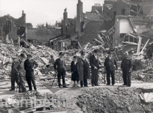 LORD MAYOR'S VISIT, KENNINGTON : WORLD WAR II
