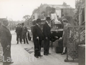 LORD MAYOR'S VISIT, BRIXTON HILL : WORLD WAR II