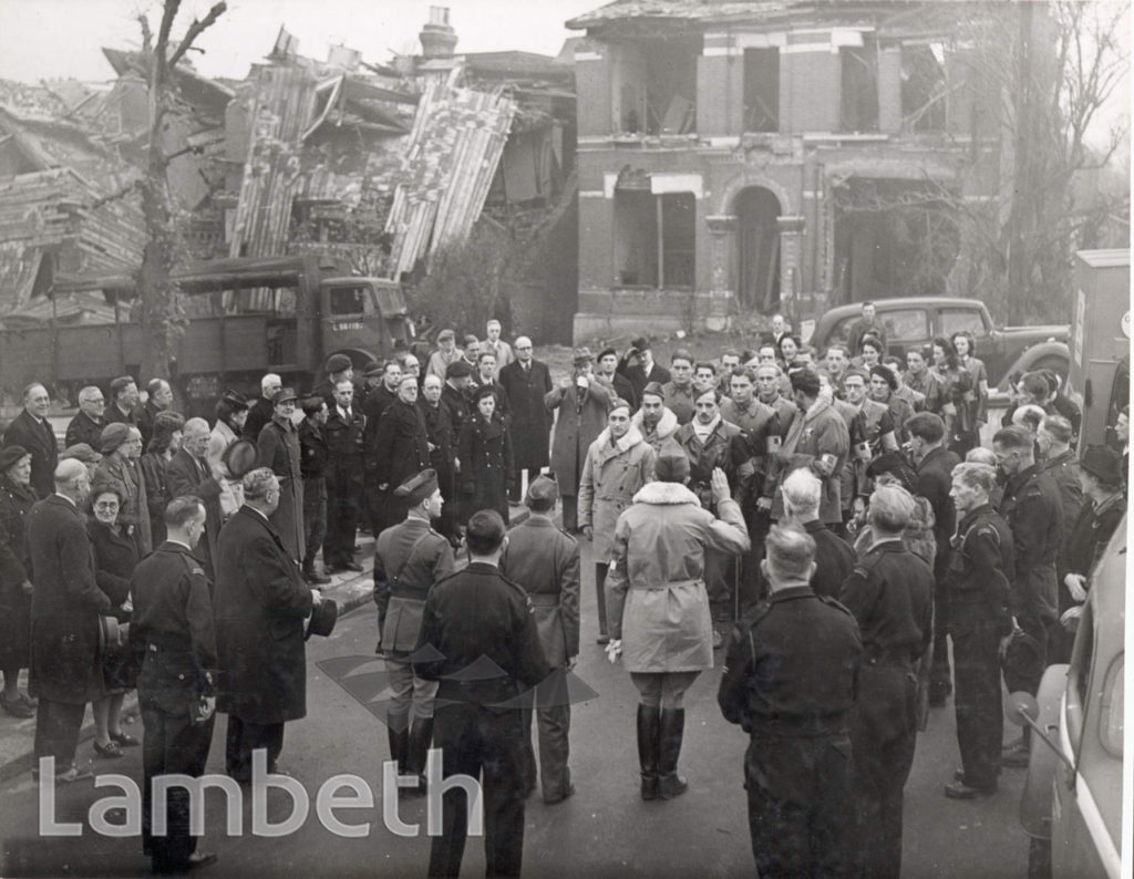 FRENCH FORCES VISIT, YORK HILL, WEST NORWOOD : WWII