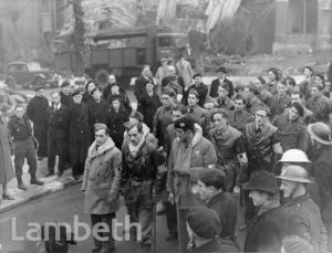 FRENCH FORCES VISIT, YORK HILL, NORWOOD : WORLD WAR II