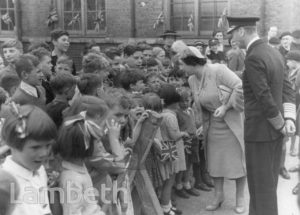 ROYAL VISIT, SUNNYHILL SCHOOL, STREATHAM : WORLD WAR II