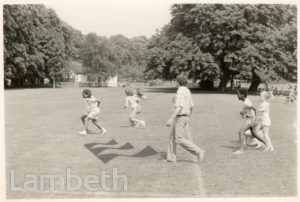 JESSOP PRIMARY SCHOOL PUPILS IN THE PARK, HERNE HILL