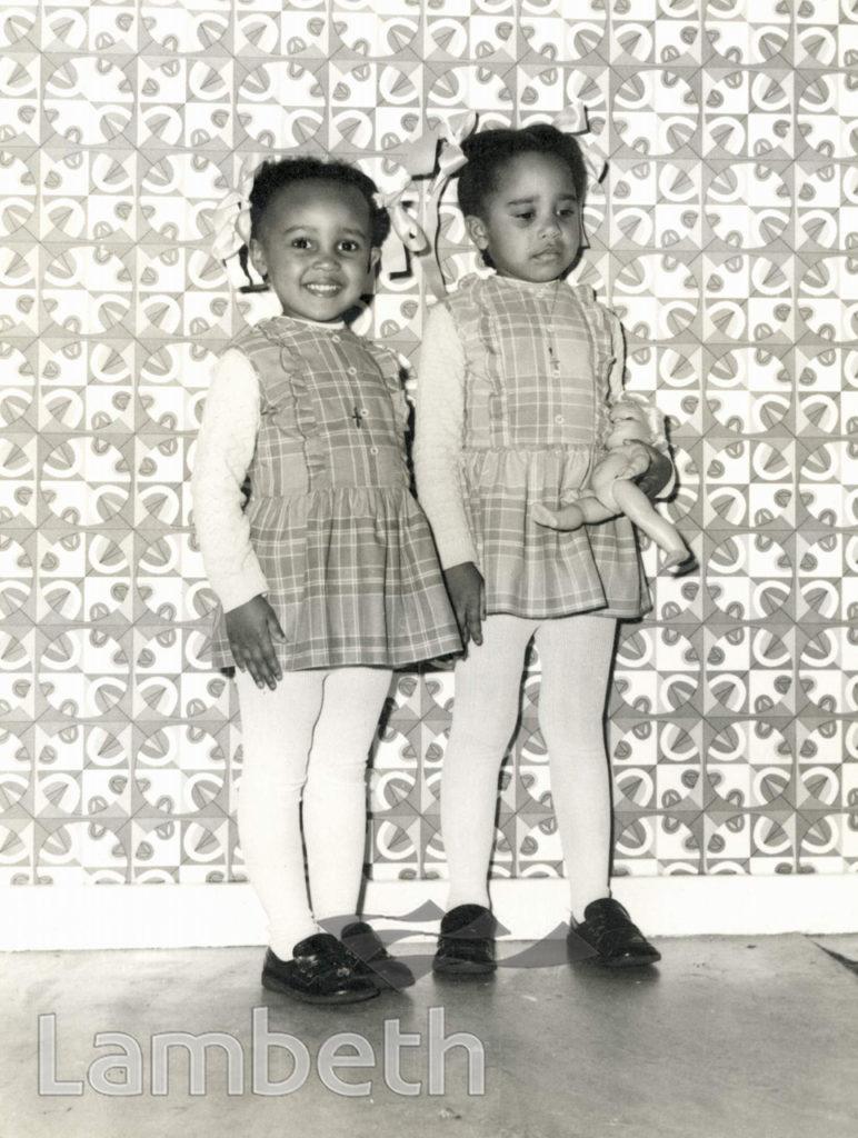 PORTRAITURE: TWIN GIRLS