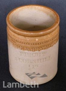 DOULTON STONEWARE POT, MADE c.1900