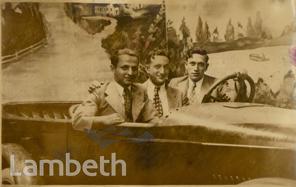 JEWISH IMMIGRANTS, NEW YORK: WORLD WAR II