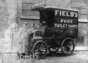FIELD'S DELIVERY VAN, UPPER MARSH, LAMBETH