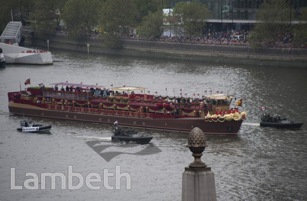 THE ROYAL BARGE, JUBILEE REGATTA, LAMBETH BRIDGE