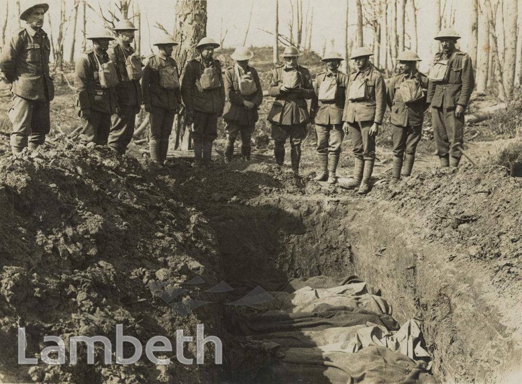 OFFICIAL WWI PHOTO: BURIAL SERVICE, POTIZZE