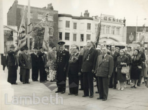 MAYORS AT STOCKWELL WAR MEMORIAL