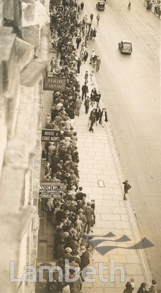 PRE-WWII GAS MASK QUEUE, LAMBETH TOWN HALL