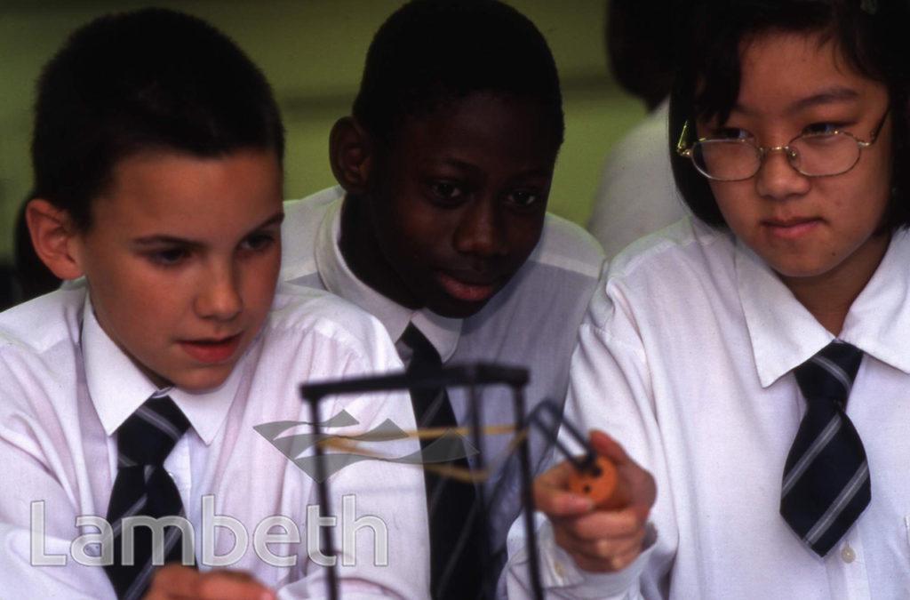 SCIENCE CLASS, LILIAN BAYLIS SCHOOL, LOLLARD ST, LAMBETH