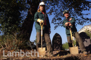 GRAVE DIGGERS, WEST NORWOOD CEMETERY