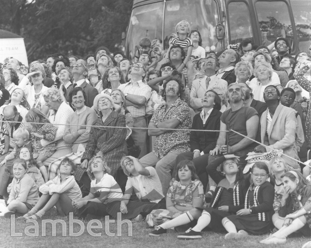CROWDS AT LAMBETH COUNTRY SHOW, BROCKWELL PARK