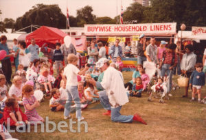 CHILDREN'S ENTERTAINER, LAMBETH COUNTRY SHOW, BROCKWELL PARK