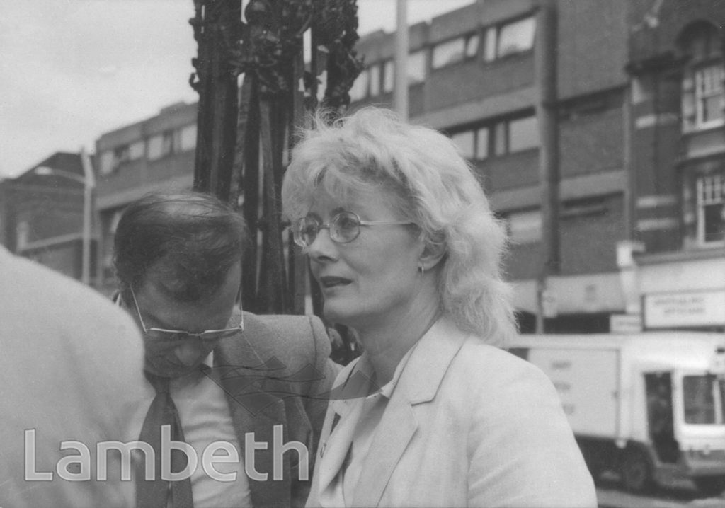 VANESSA REDGRAVE, FUNDING PROTEST, TOWN HALL. BRIXTON