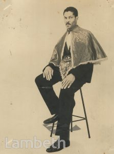 STUDIO PORTRAIT BY HARRY JACOBS